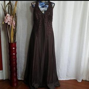 Xscape brown dress halter with sequin sz14w